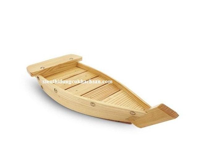 Thuyền gỗ trưng bày buffet