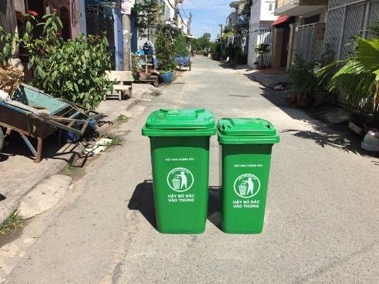 Thùng rác nhựa công cộng 240L
