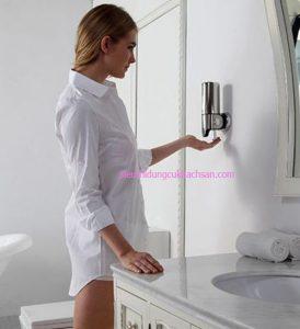 Bình đựng sữa tắm treo tường