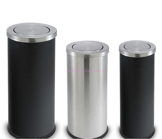Thùng rác inox nắp lật đặt ở tiền sảnh và khu vực công cộng