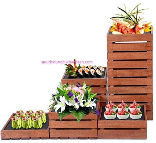 Kệ gỗ trang trí buffet