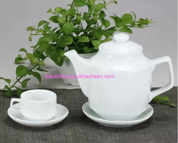 Bình trà gốm sứ